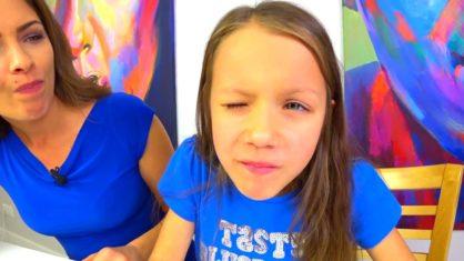 Bubble Gum ЧЕЛЛЕНДЖ Ожидание VS Реальность Кто Надует Пузырь Больше Вика против Мамы // Вики Шоу