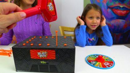 BLAST BOX CHALLENGE Челлендж с Папой Взрывная Коробочка Кто Вылетит Из Игры // Вики Шоу