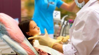 Мама в Больнице Едем к Лайку Мои Выходные с Папой Влог / Вики Шоу